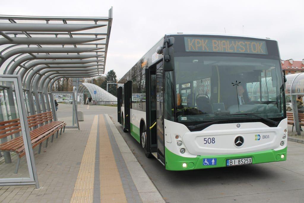 Autobus jednoczłonowy - Mercedes