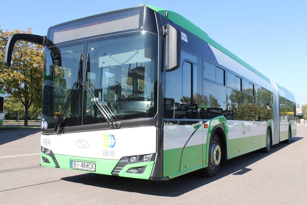 Autobus dwuczłonowy SOLARIS