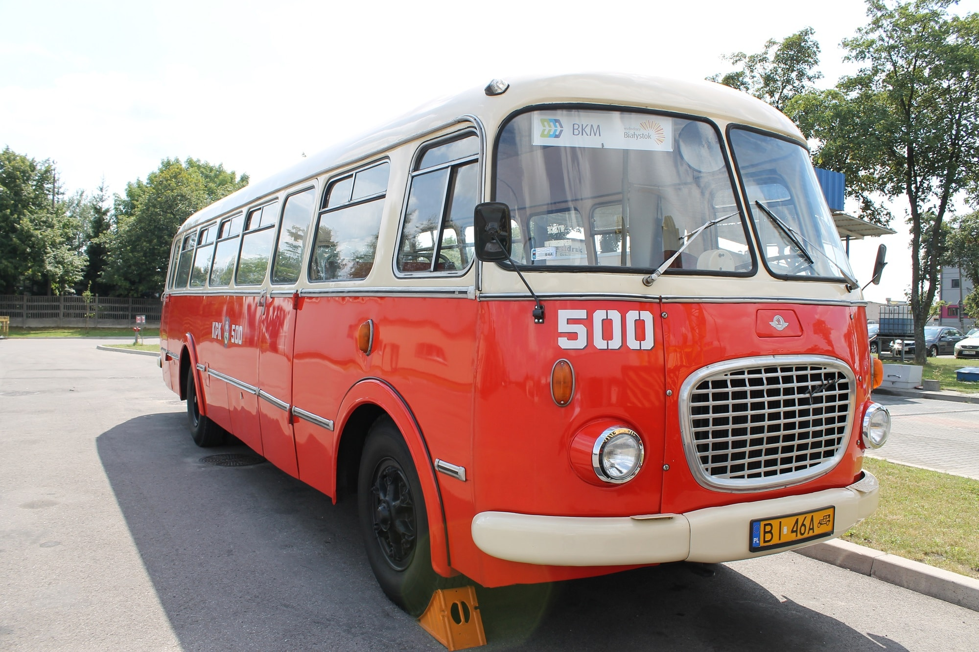 Zabytkowy autobus typu ogórek